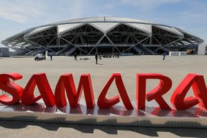 Sân World Cup 2018 bị cắt điện vì nợ tiền điện 'ngập đầu'