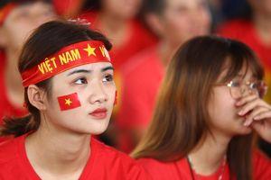 90 phút của trận bán kết đầy xúc cảm với người hâm mộ Việt Nam
