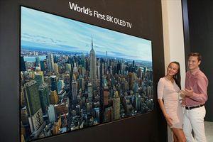 Thế giới đón chào TV OLED có độ phân giải 8K đầu tiên