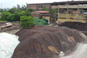 Bụi thủy tinh đe dọa môi trường sống của người dân