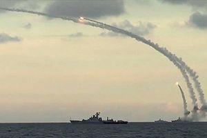 Lo ngại Mỹ tấn công, Nga triển khai hạm đội lớn nhất tới Syria