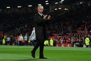 Ban lãnh đạo M.U phán quyết tương lai của Mourinho