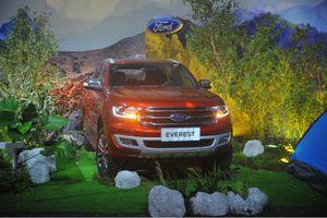 Ford Everest chính thức ra mắt, giảm giá tới 500 triệu đồng