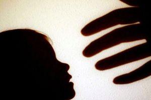 Quảng Trị: Cha ruột khai do say rượu nên giở trò đồi bại với con gái 3 tuổi