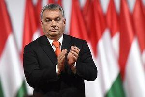Hungary, Italia thể hiện quan điểm cứng rắn với người di cư