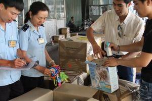 Hải quan Hà Nội ước thu hơn 12.800 tỷ đồng sau 8 tháng
