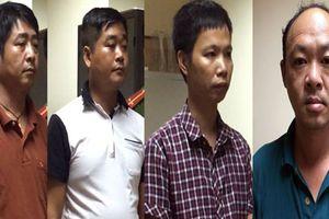 Bắt 4 người vận chuyển trái phép hàng hóa, tiền tệ qua biên giới Việt Nam