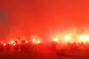 Clip: SVĐ Lạch Tray nổ tung, rực cháy sau siêu phẩm sút phạt của Minh Vương