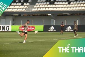 Ronaldo cùng đồng đội Juve 'bắn phá' liên tục trong buổi tập