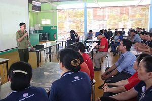 Trang bị kiến thức về pháp luật cho công nhân lao động: Trách nhiệm của doanh nghiệp