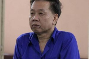Tiết lộ về người đàn ông bí ẩn lo đám tang cho bà trùm Dung 'Hà'
