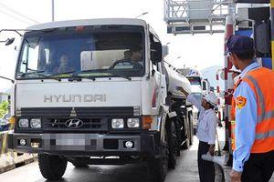 Trạm thu phí Ninh Lộc lại xả trạm vì ách tắc