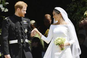 Trưng bày trang phục cưới Hoàng gia Anh