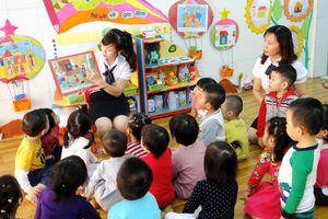 Không mở rộng trường thí điểm làm quen tiếng Anh cho trẻ 5-6 tuổi