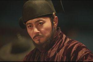 Jang Dong Gun trở lại điện ảnh với phim xác sống