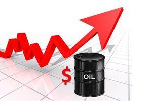 Cập nhật giá dầu 30/8: Dầu thô tăng do lo ngại rủi ro thương mại toàn cầu