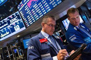 S&P 500 và Nasdaq tiếp tục lập kỷ lục cao chưa từng có