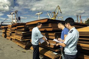 Sau 7 tháng, thu ngân sách từ xuất nhập khẩu đạt gần 200.000 tỷ đồng