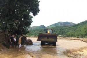 Yên Bái: Đi thăm ruộng lúa, người phụ nữ bị lũ cuốn trôi