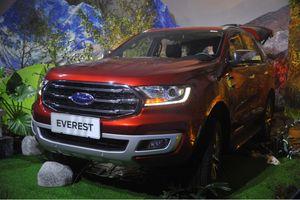Đắt hơn Toyota Fortuner, Ford Everest Titanium có gì?