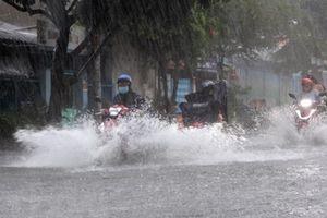 Xuất hiện vùng thấp khiến tình trạng mưa ngâu ở miền Bắc tiếp tục kéo dài