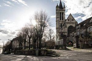 Sự thật giật mình về 'thị trấn ma' nổi tiếng nước Pháp
