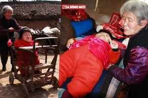 Người mẹ mong con gái tàn tật chết trước mình, con gái cũng mong điều ngược lại vì lý do rơi nước mắt