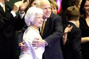 Những điều ít biết về người mẹ có ảnh hưởng lớn đến Thượng nghị sĩ John McCain
