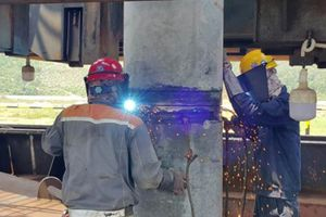 Đóng cọc đầu tiên cho dự án Nhà máy Nhiệt điện Nghi Sơn 2