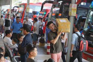 Chùm ảnh: Người dân ùn ùn rời Sài Gòn đi nghỉ lễ 2.9, đường kẹt cứng