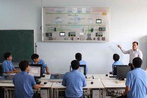 Tăng cường ứng dụng CNTT trong công tác chuyên môn tại các cơ sở GD thường xuyên