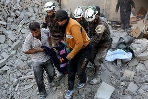 'Mây đen' bao phủ Syria: 44 trẻ em bị bắt cóc, 8 thùng vũ khí hóa học được chuyển tới