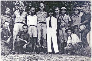 Lãnh tụ Hồ Chí Minh và những người bạn Mỹ