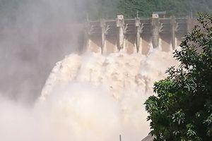 Thủy điện lớn nhất Bắc Trung Bộ xả lũ lớn nhất 8 năm qua