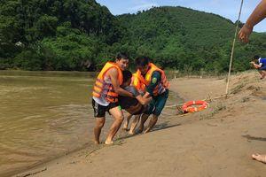 Diễn tập phòng chống thiên tai, tìm kiếm cứu nạn trong mưa lũ