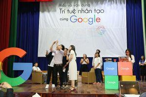 Hàng trăm sinh viên hào hứng làm quen với Trí tuệ nhân tạo (AI) cùng Google