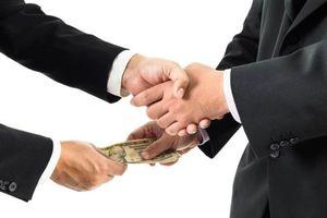 Phòng, chống tham nhũng: 'Quét' cả khu vực tư