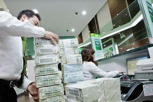 8 tháng thị trường tiền tệ, tín dụng tương đối ổn định