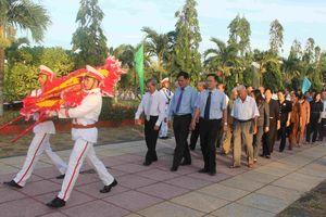 Phú Yên: Dâng hương tưởng niệm các anh hùng liệt sĩ