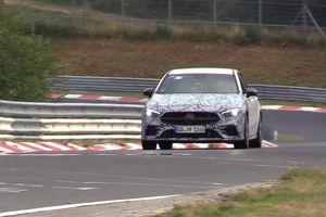 Mercedes-AMG A35 sẽ có động cơ điện hỗ trợ 300 mã lực