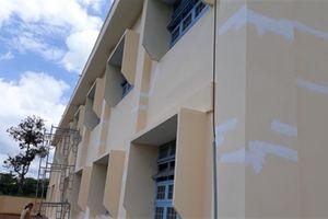 Trường mới xây nứt như mạng nhện: Bất ngờ giấy chống nứt
