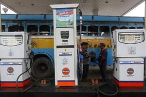 Nhu cầu dầu của Ấn Độ sắp vượt mặt Trung Quốc