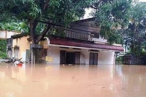 Thanh Hóa: Mưa lũ khiến 3 người mất tích, gần 5.000 ngôi nhà ngập sâu