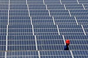 EU dỡ bỏ các biện pháp bảo hộ đối với pin Mặt Trời của Trung Quốc