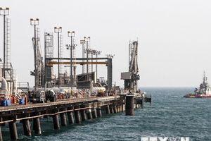 Các nhà phân phối Nhật Bản chuẩn bị ngừng nhập khẩu dầu từ Iran