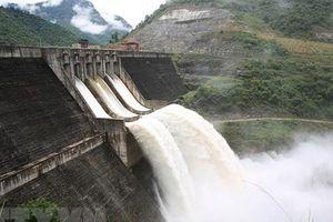 Triệu tập 6 đối tượng tung tin 'hồ thủy điện Bản Vẽ bị vỡ'
