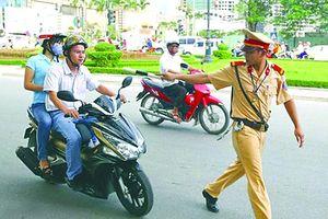 Không vi phạm giao thông, có bị yêu cầu dừng xe để kiểm tra?