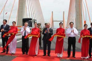 Quảng Ninh chính thức thông xe tuyến cao tốc Hạ Long – Hải Phòng