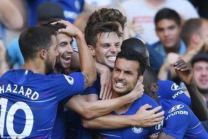 Pedro, Hazard lập công giúp Chelsea thắng trận thứ 4 liên tiếp