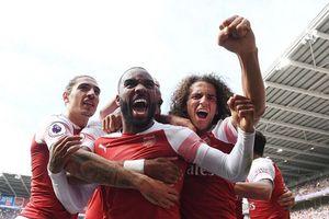 Lacazette tỏa sáng giúp Arsenal thắng nghẹt thở trước Cardiff City